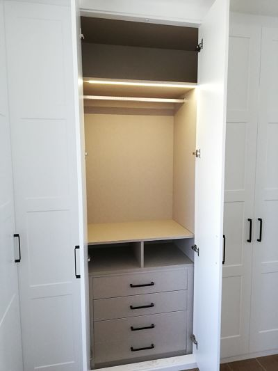 armario abatible con luz led
